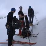 Przygotowania do wejścia na lodowiec pod Grossvenediger